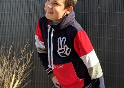 1-Schnittmuster-Colour-blocking-Sweatshirt-Jean-Zierstoff
