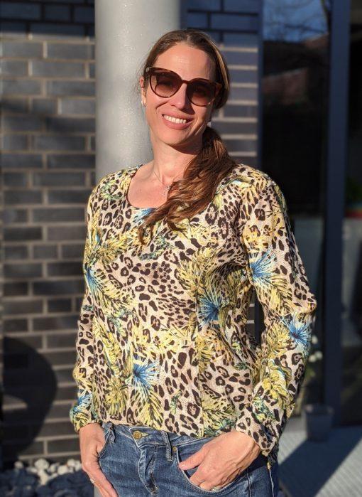 Zierstoff Schnittmuster Bluse Damenbluse Kirsten1
