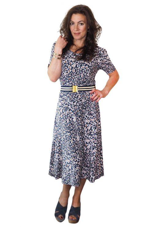 Kleid-Santina-Schnittmuster-Midi-Kleid